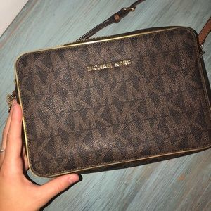 ✨MICHEAL KORS✨ purse (authentic)